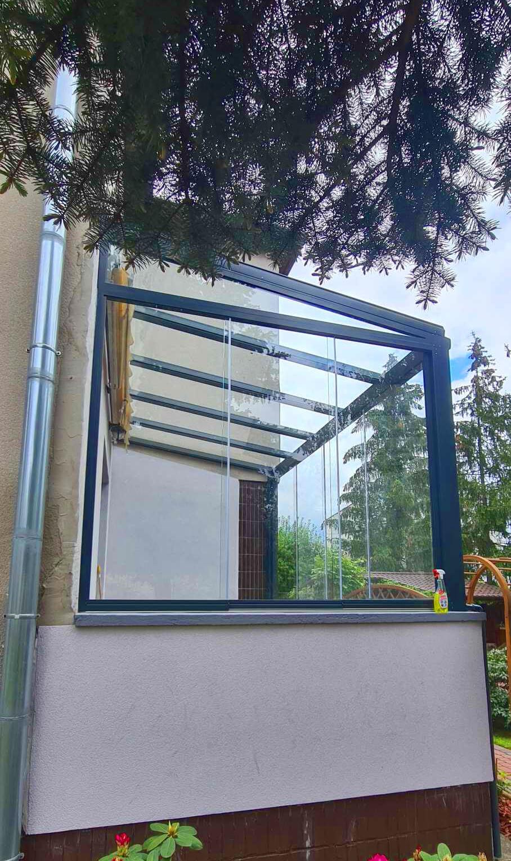 Nowoczesny ogród zimowy szklany